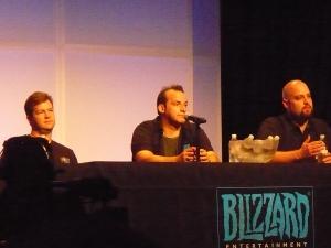 Роб Пардо, Энди Чэмберс и Дастин Броудер на презентации демо-версии StarCraft II